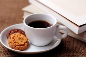 コーヒーとクッキーと本