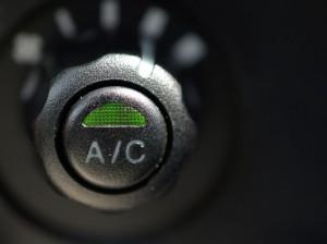 カーエアコンのボタン