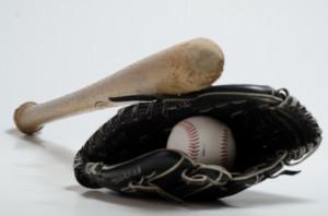 野球のバット・ボール・グローブ